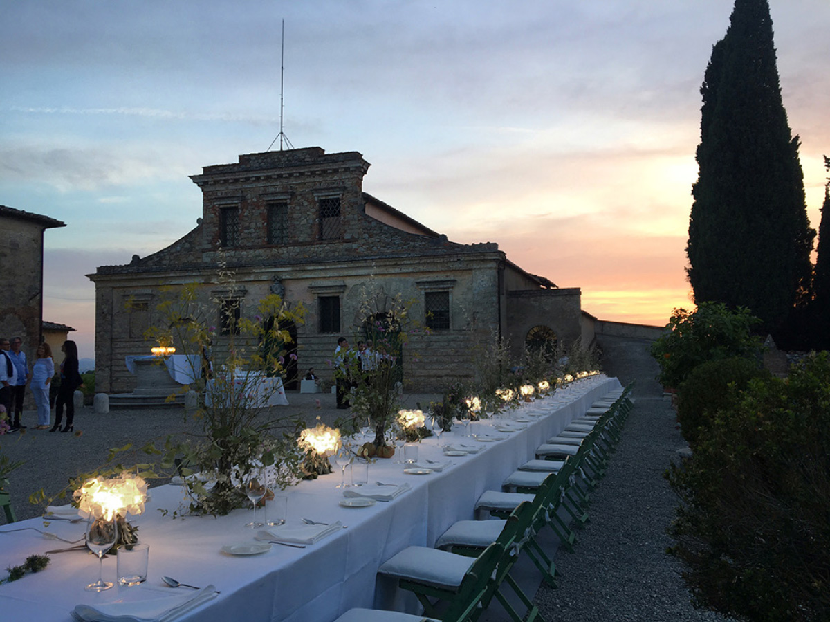 Clizia fumè Battery powered lights up the Vip dinner organised in the historic Felsina cantina garden in Castelnuovo Berardenga