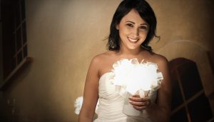 bride with a clizia battery table